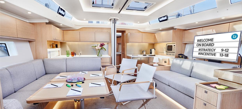 Yacht BEYOND 5
