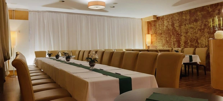 The Agas Hotel & Restaurant Saal 12