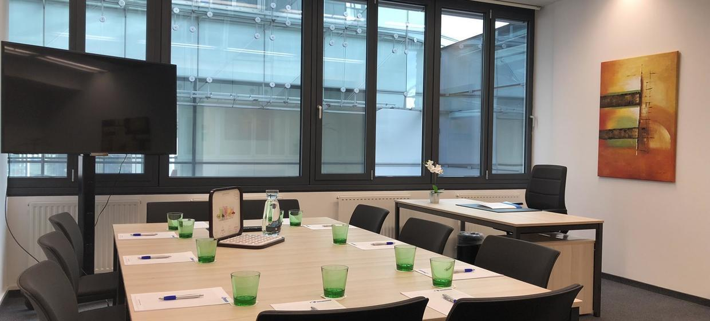 EURO PLAZA Conference Center 10