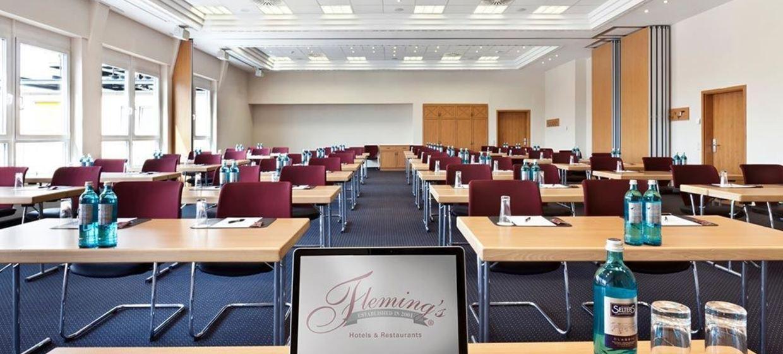 Fleming's Hotel Frankfurt Main-Riverside 2