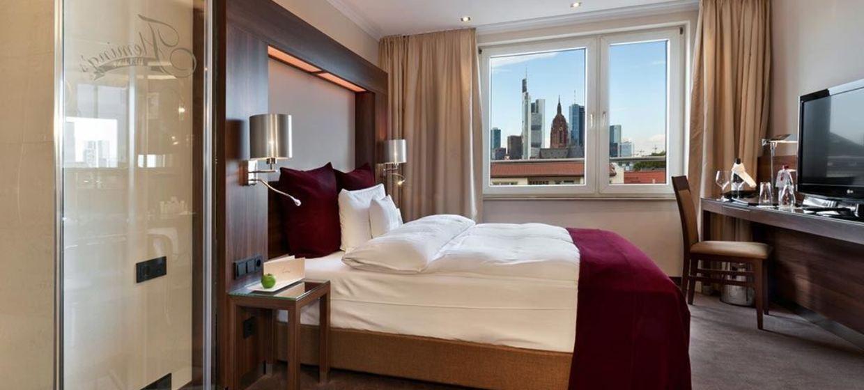 Fleming's Hotel Frankfurt Main-Riverside 8