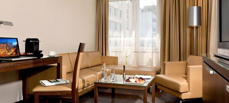 Fleming's Hotel Frankfurt Main-Riverside 7