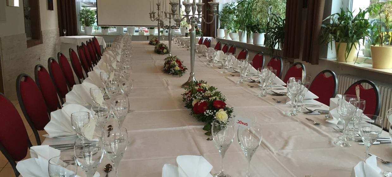 Hotel-Restaurant Barbarossahof 5