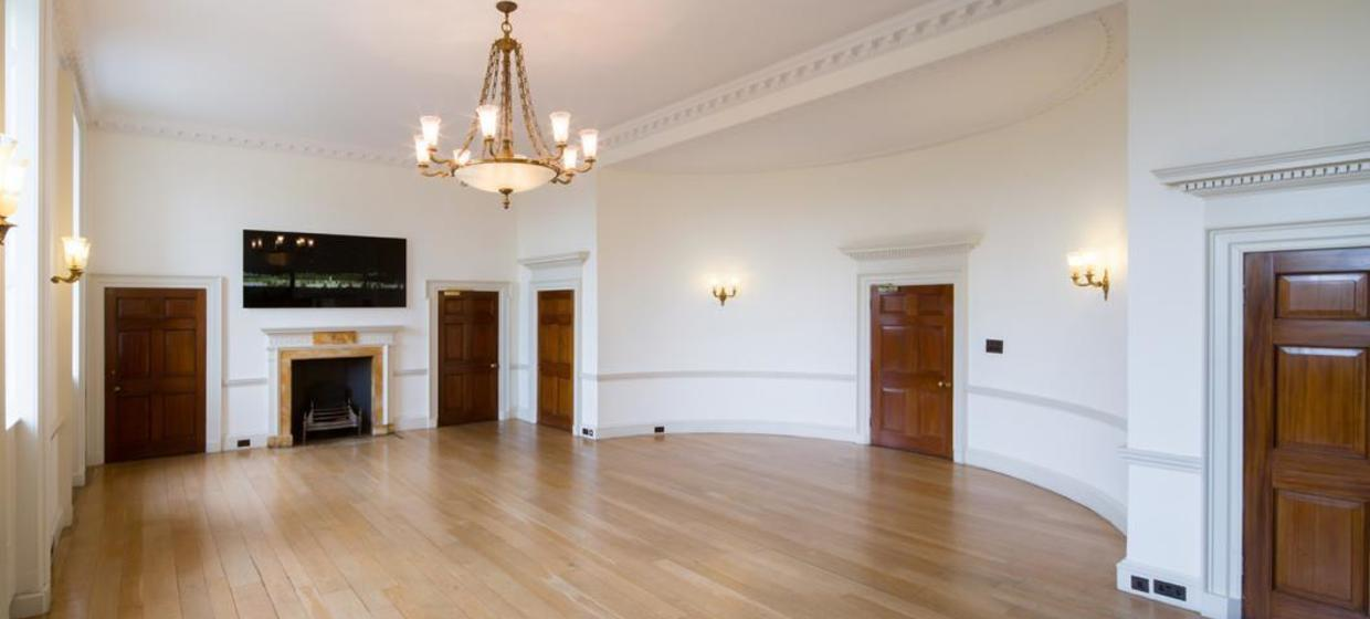 A spectacular Neo-classical event space 8