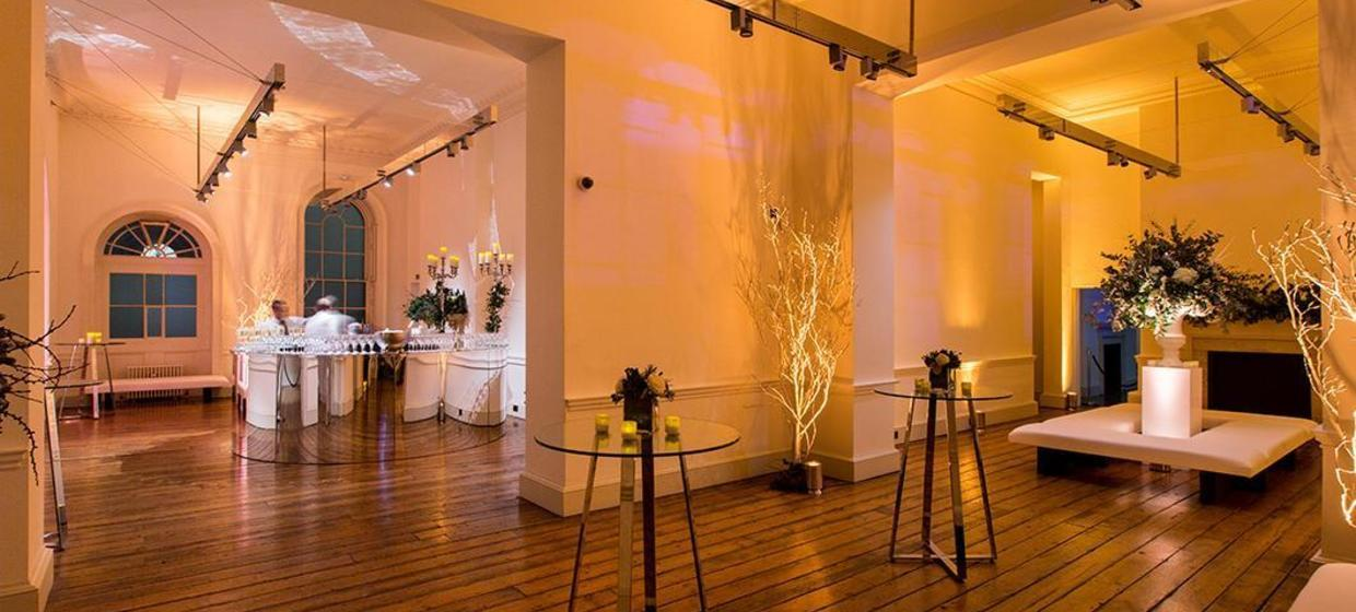 A spectacular Neo-classical event space 6
