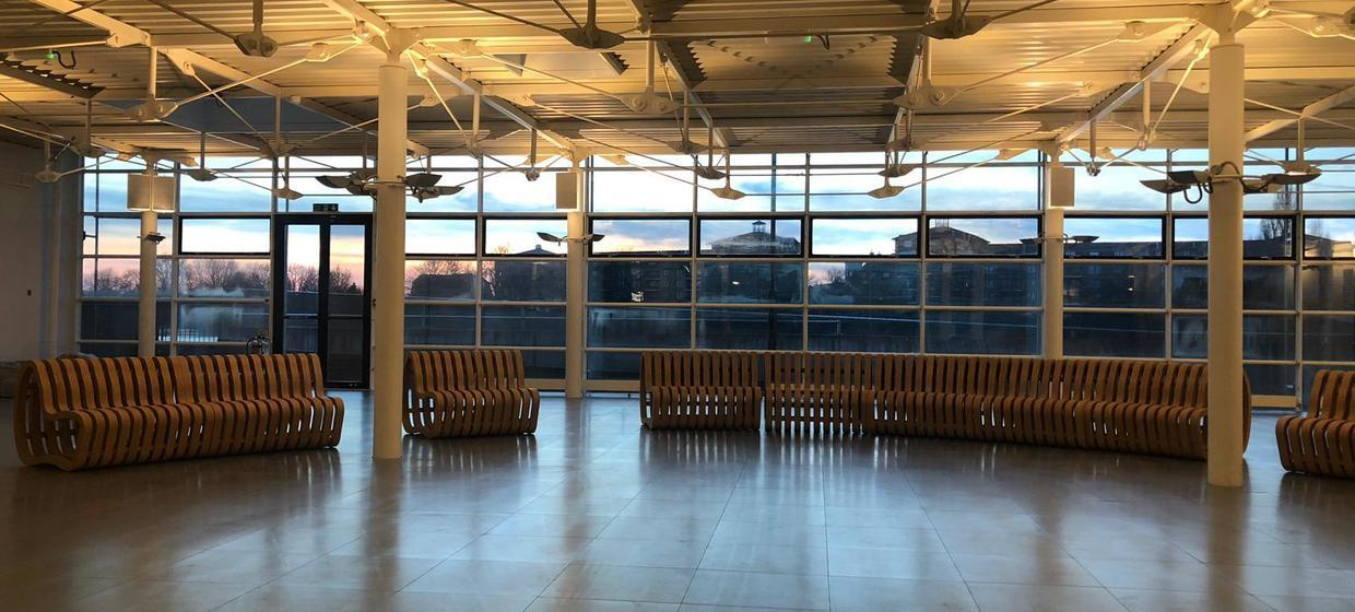 Bright and open riverside event space  10