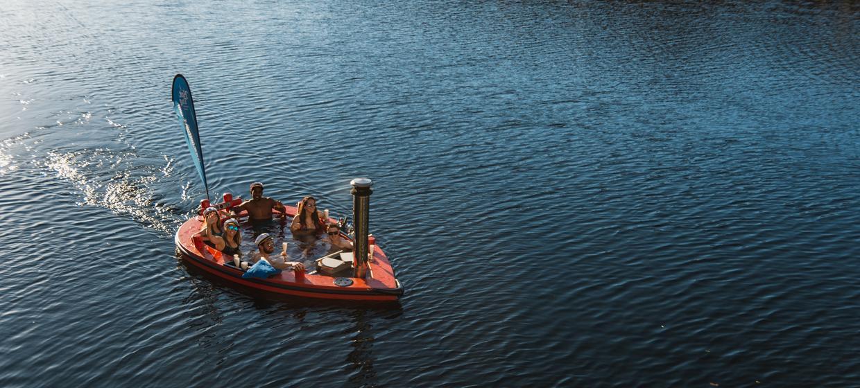 Hot Tub Boat Experience 1