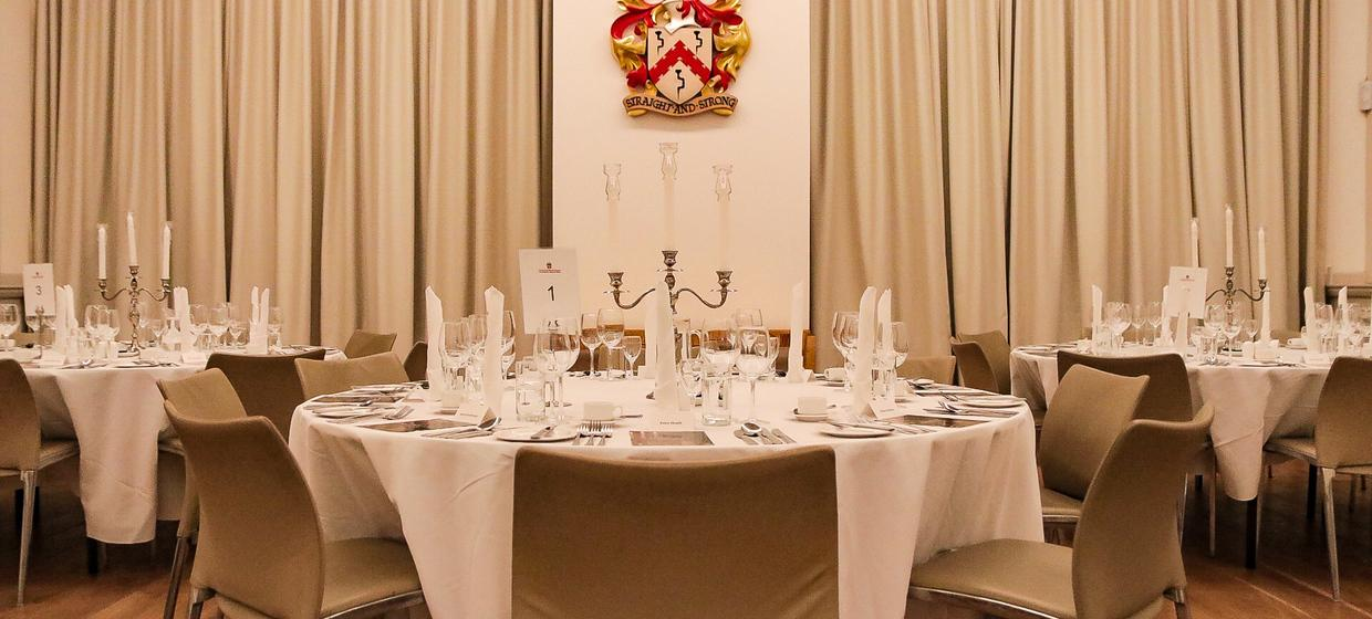 A luxurious venue for dinners, receptions and conferences 8