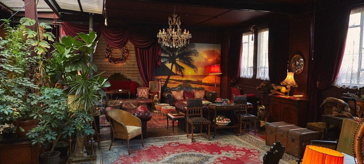 A Decadent Space for Creative Events  8