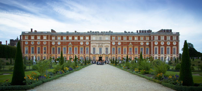 Majestic Royal Event Venue  7