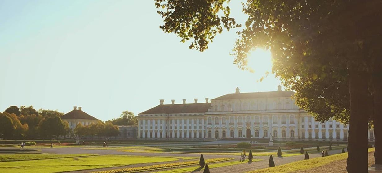 Hotel am Schlosspark Zum Kurfürst 14