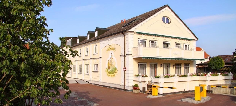 Hotel am Schlosspark Zum Kurfürst 15