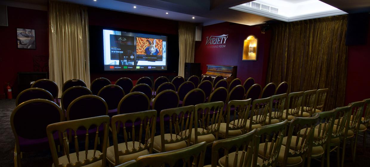Hotel with Stylish Event Spaces  7