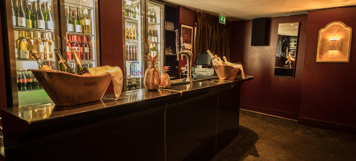Hotel with Stylish Event Spaces  11