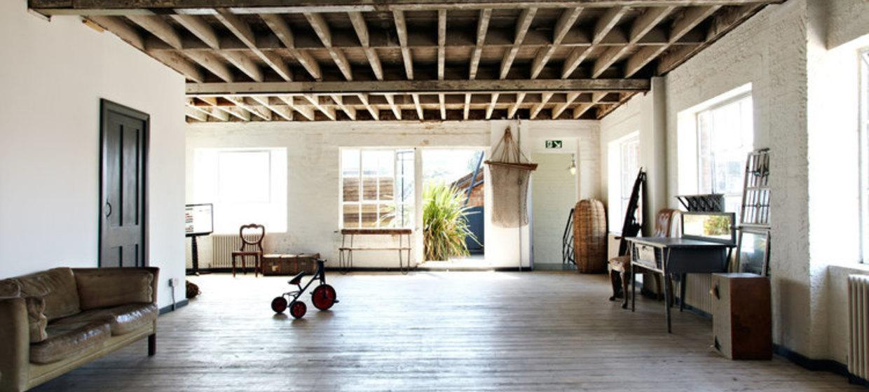 Characterful warehouse with roof deck 1