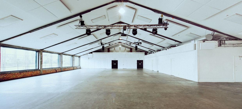 Large multi-purpose blank canvas space 1