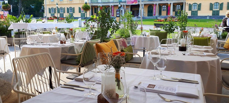 Schloss Esterházy 10