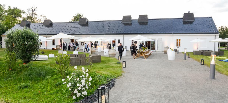 Weingut Esterházy und Kalandahaus 9
