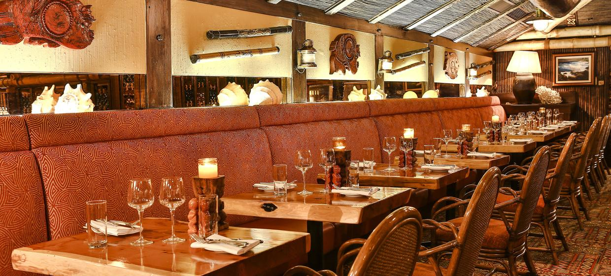 Vibrant Polynesian Bar with Private dining  6