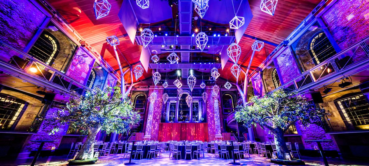 Christmas Party: Historic setting 1