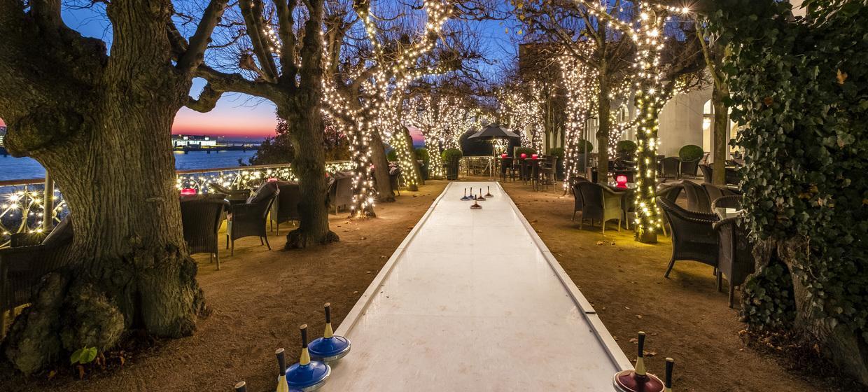Eisstockschießen Berlin Weihnachtsfeier.Eisstockschießen In Hamburg Hotel Louis C Jacob In Hamburg