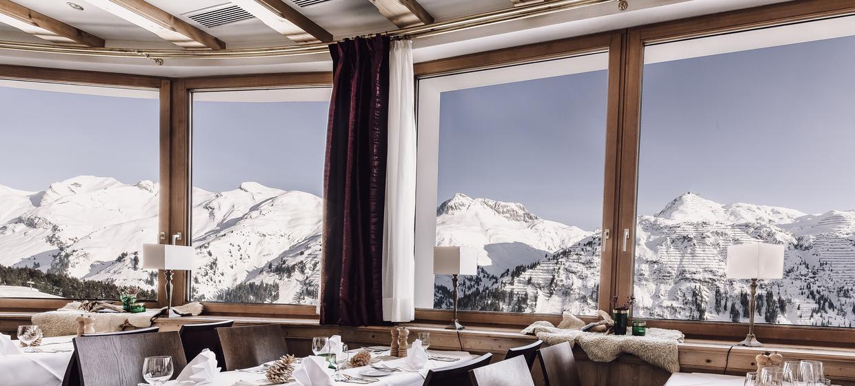 Hotel Goldener Berg 10