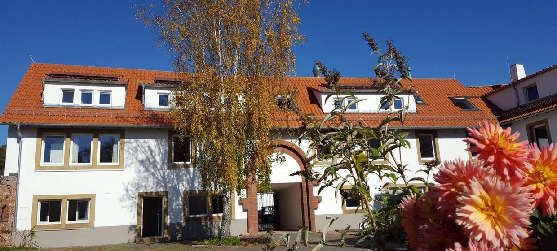 Gästehaus Burghof Stauf 10