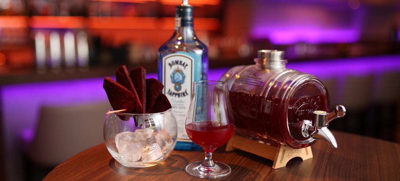 Meinz Bar 14