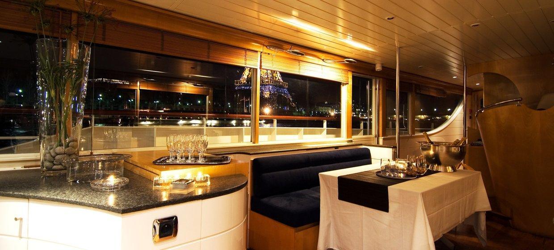 Le Yacht Joséphine 7