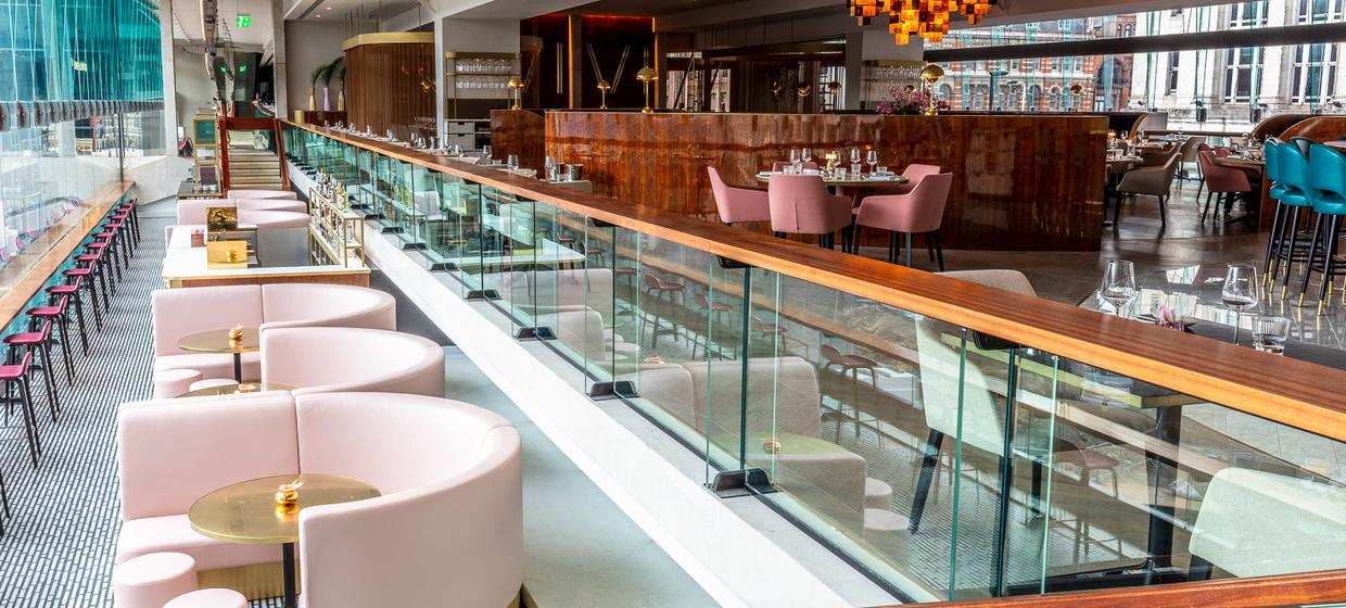 Beautiful Restaurant in Central London  3