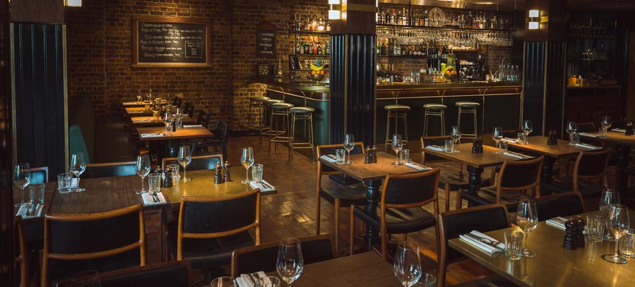 Award-winning Restaurant with Private Dining  4