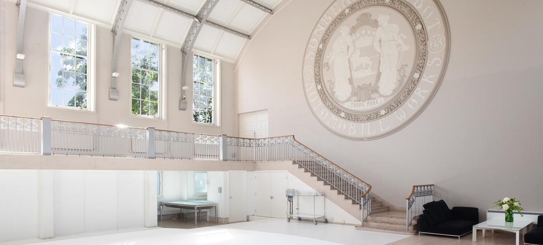 Edwardian Elegance Blank Canvas Space 1