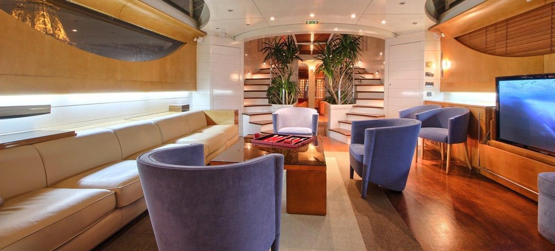 Le Yacht Joséphine 3