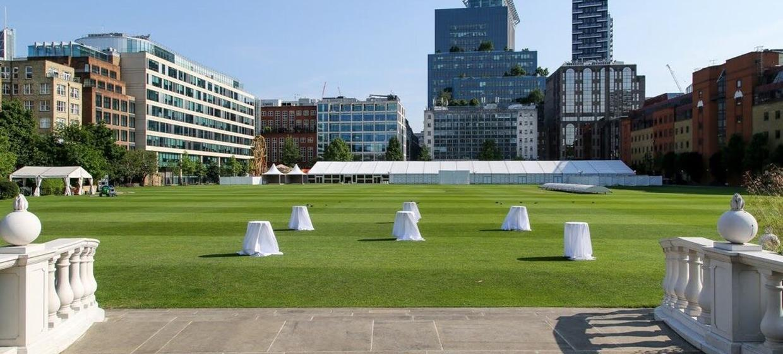 A Magnificent City Event Venue  7
