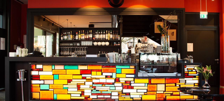 AQ - Mutter Ey Café & Galerie 6