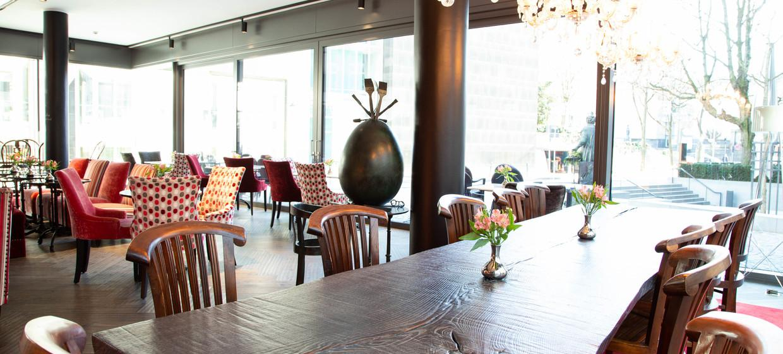 AQ - Mutter Ey Café & Galerie 8