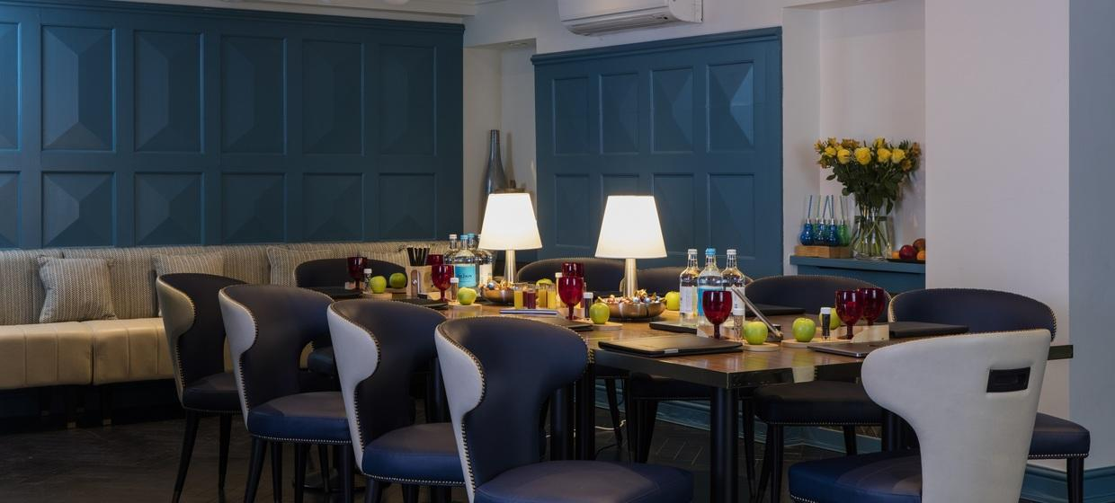 Luxury Hotel in Central London 3