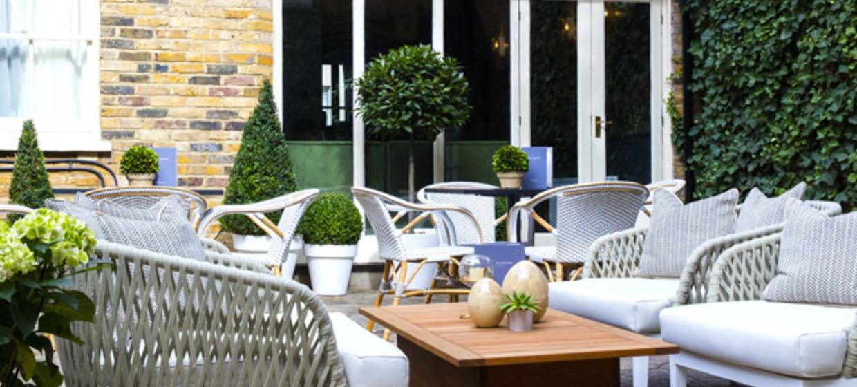 Luxury Hotel in Central London 4