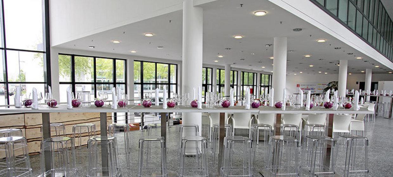 Alter Flughafen München - Wappenhalle 25