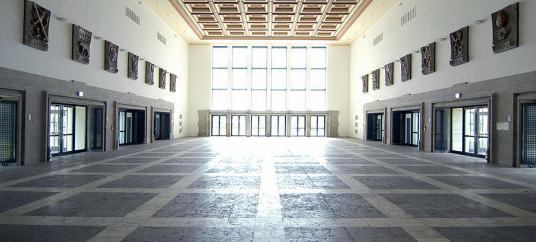 Alter Flughafen München - Wappenhalle 11