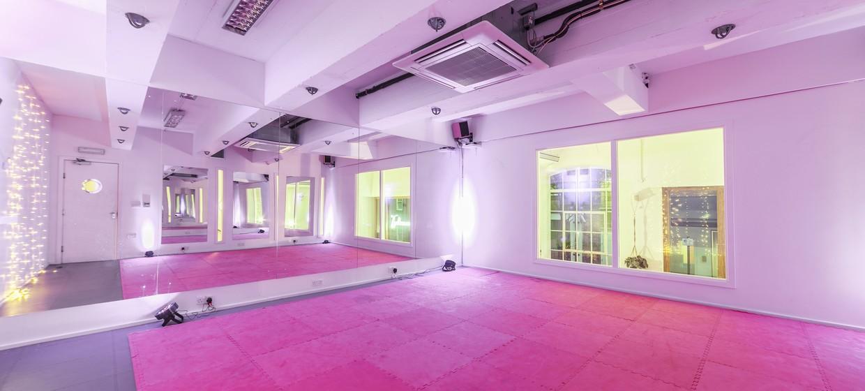 Bright and Versatile Studio Spaces 1
