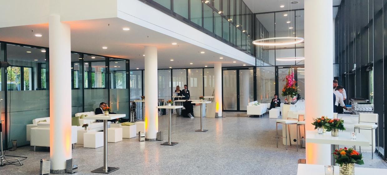 Alter Flughafen München - Wappenhalle 24