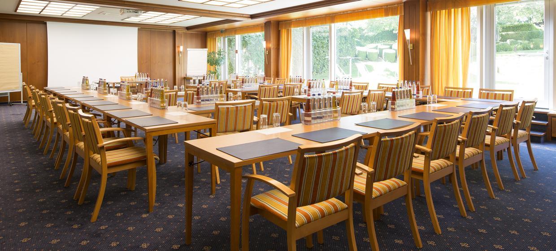Hotel am Schlosspark Zum Kurfürst 1