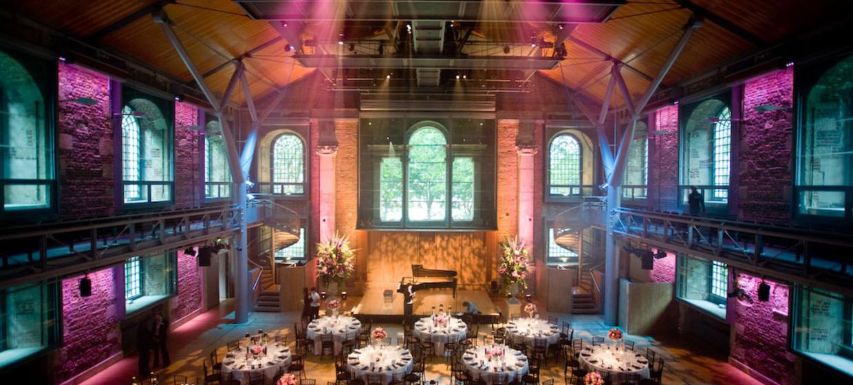 A Beautiful, Contemporary and Flexible Venue  3