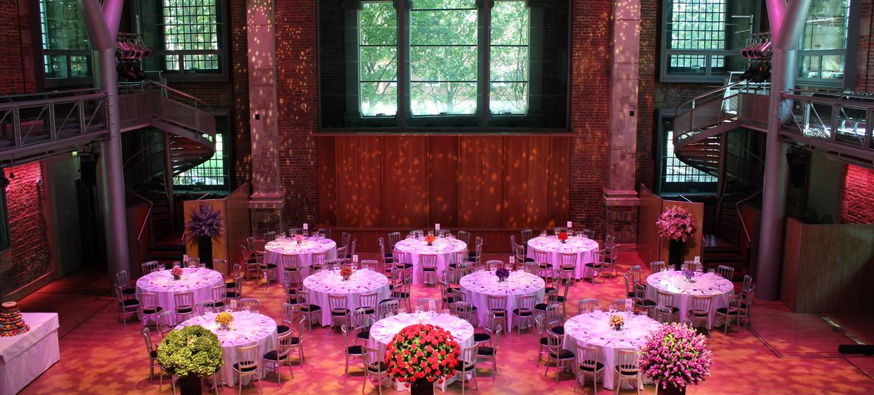 A Beautiful, Contemporary and Flexible Venue  4