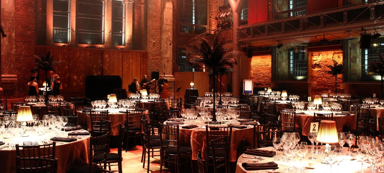 A Beautiful, Contemporary and Flexible Venue  8
