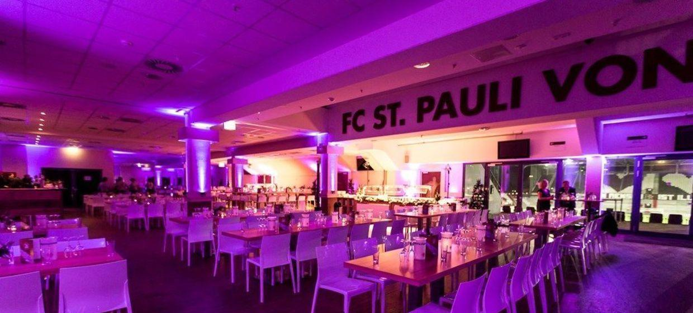 FC St. Pauli im Millerntor-Stadion 6