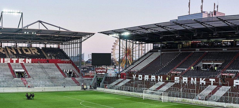 FC St. Pauli im Millerntor-Stadion 18