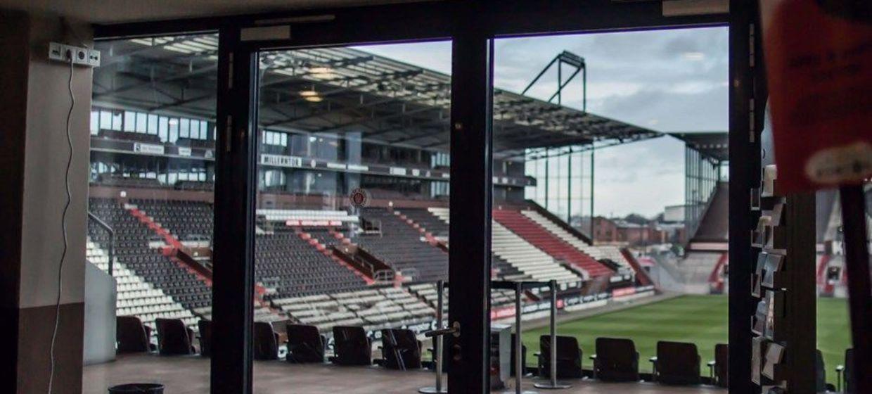 FC St. Pauli im Millerntor-Stadion 17