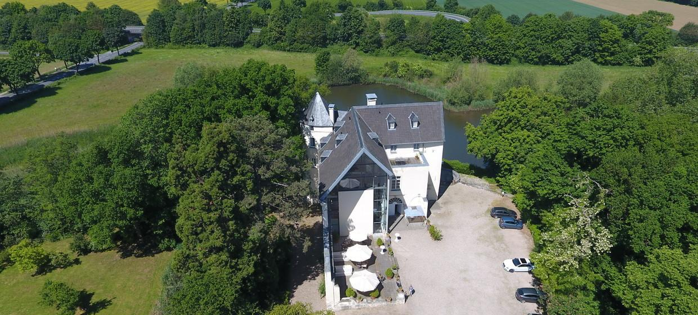 Burg Boetzelaer 7
